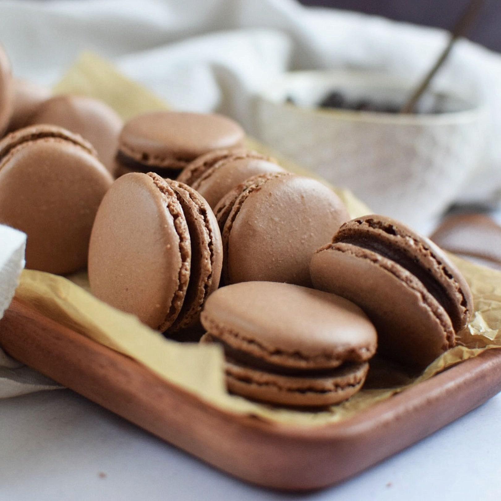 chocolate-macaron2 - Jenny Pace